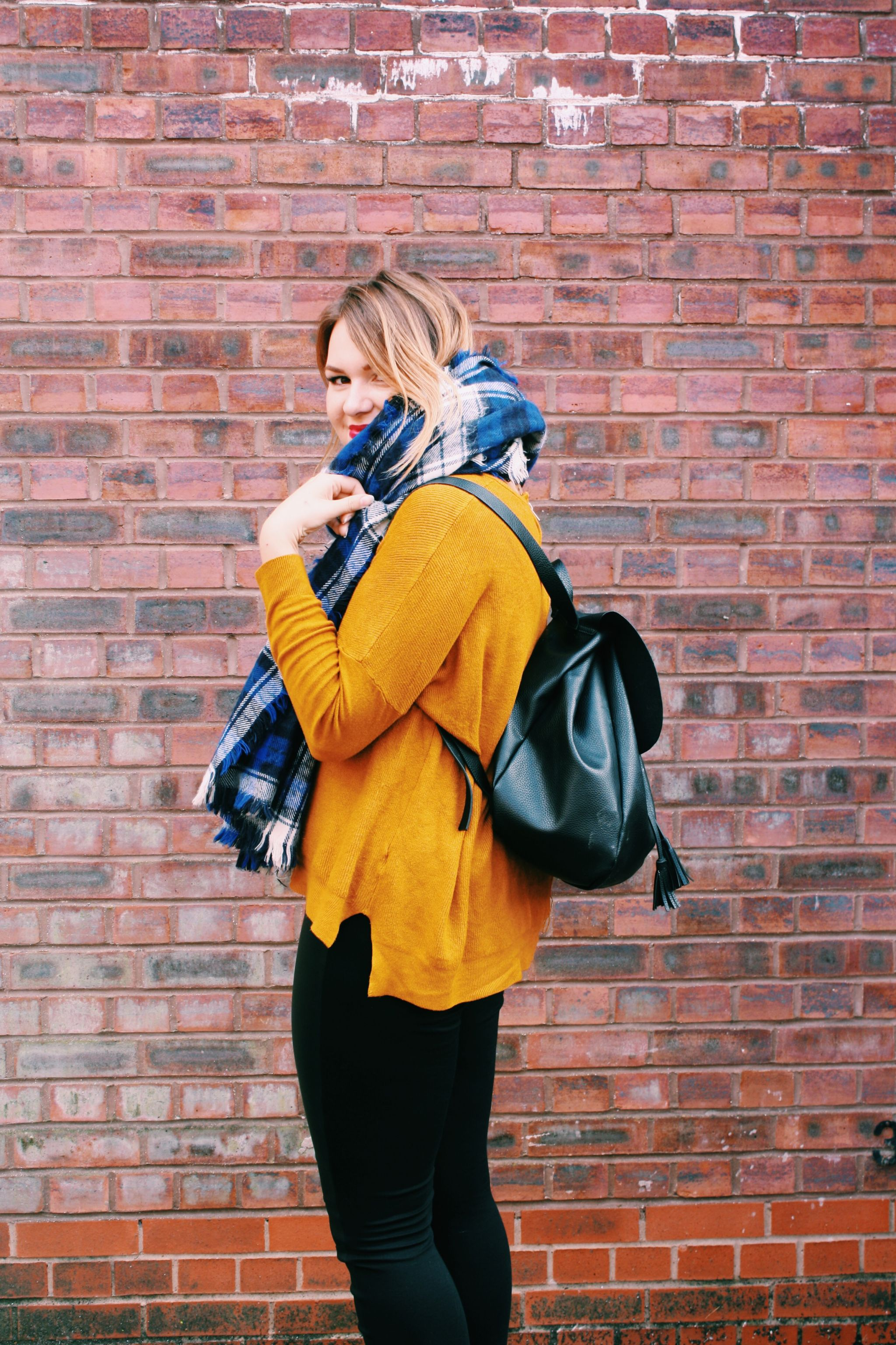 Mustard, Violet Glenton, OOTD, FashionBlogger