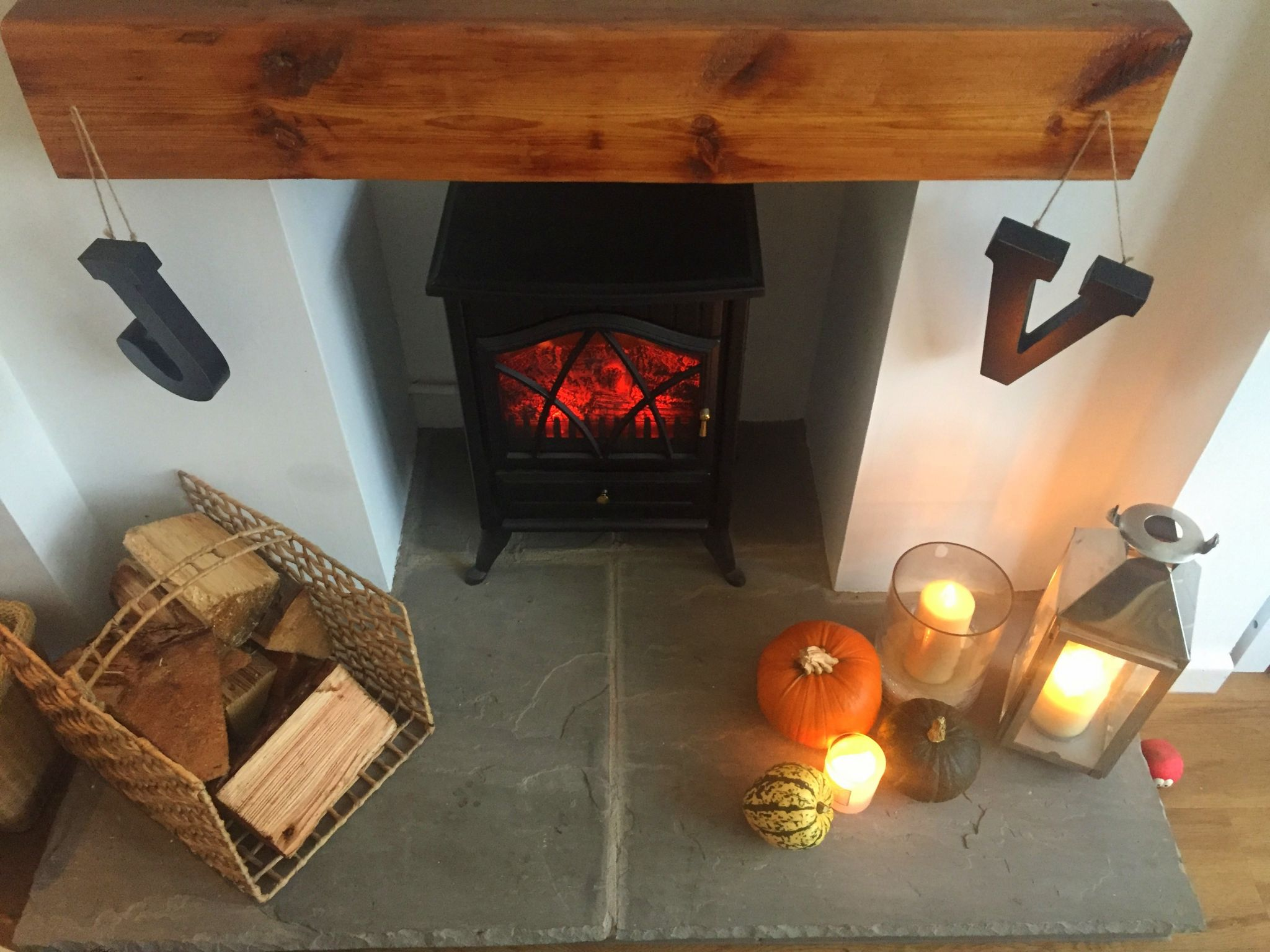 Fire, Violet Glenton, Home, Interior