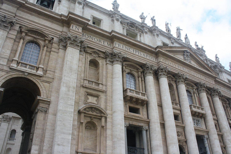 A History of St. Peters Basilica, Vatican City