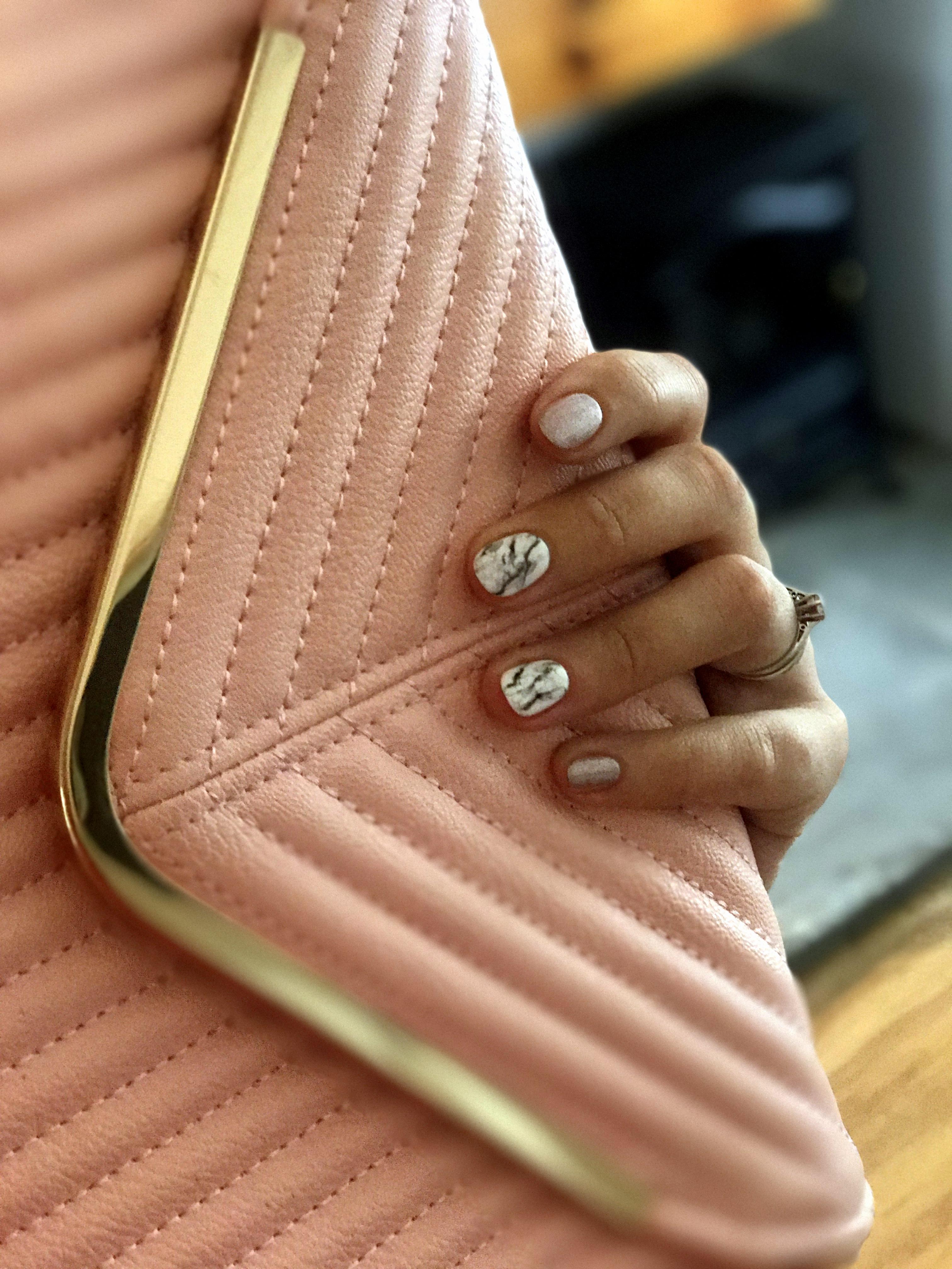 Pink, Violet Glenton, Casual Look