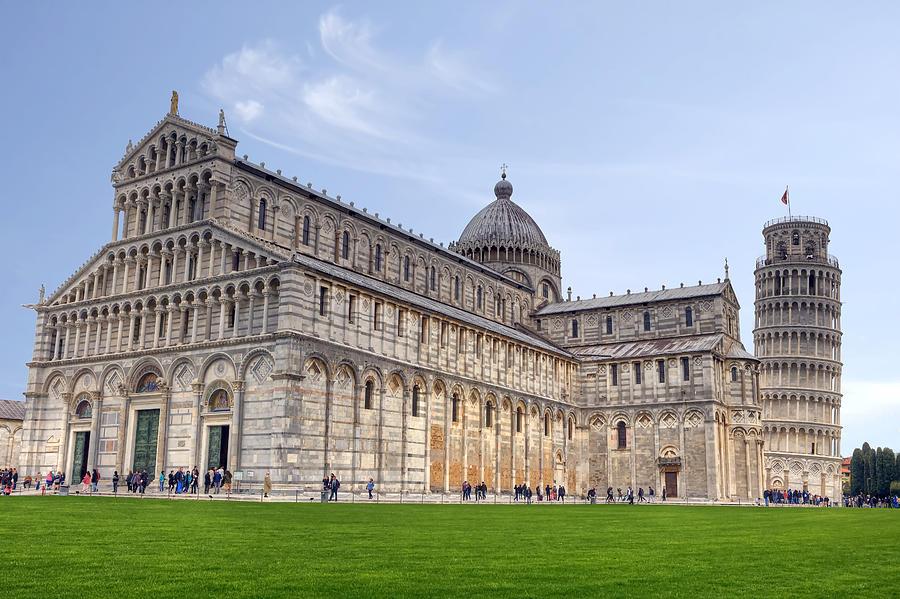 Pitching Pisa- Reasons to Visit Italy