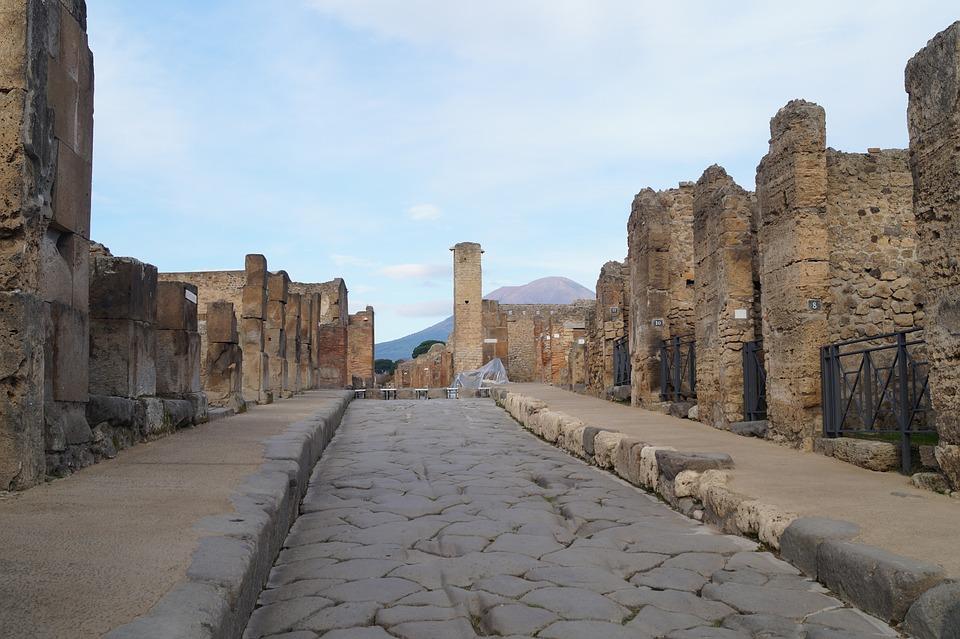 Pompeii, Violet Glenton, Travel blog, Italy