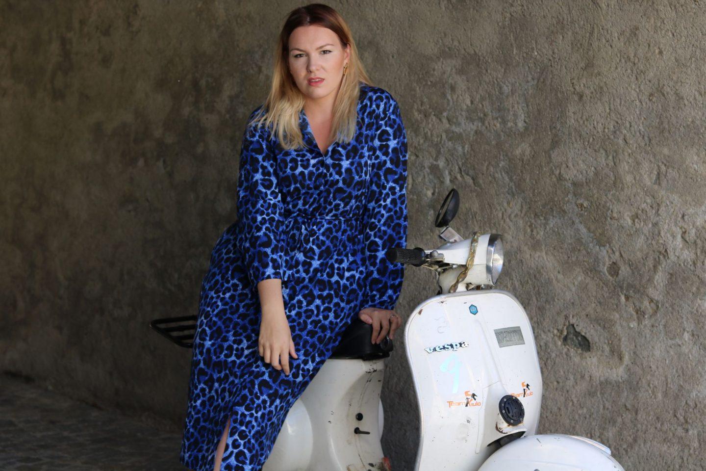 Italy, Violet Glenton